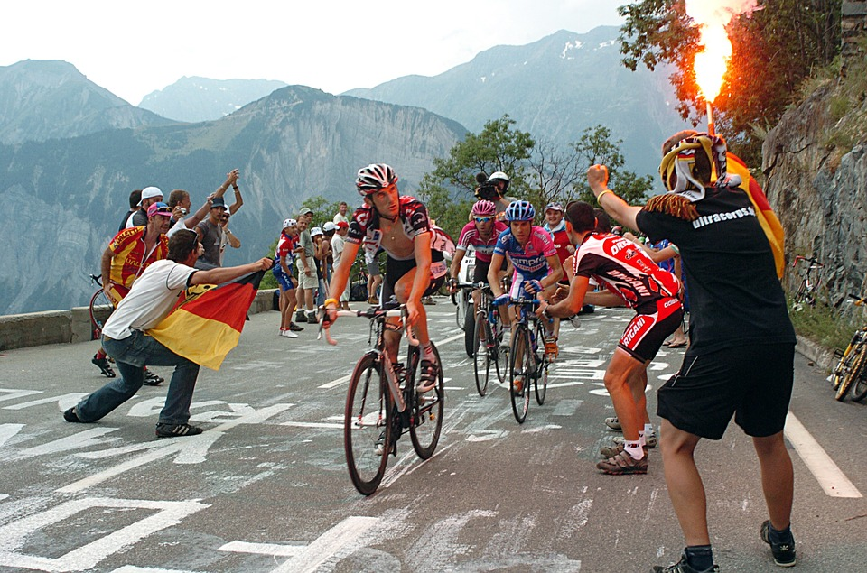 The History of the Tour de France - Inertion